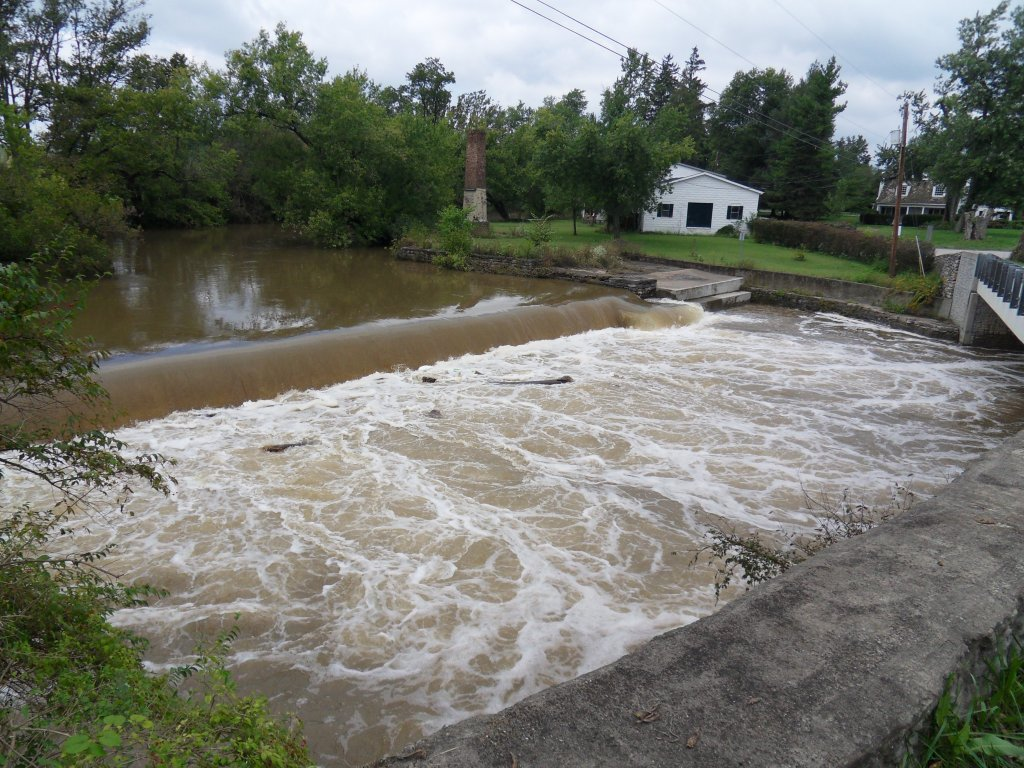 Index of /images/2009_9_27_elkhorn_flood